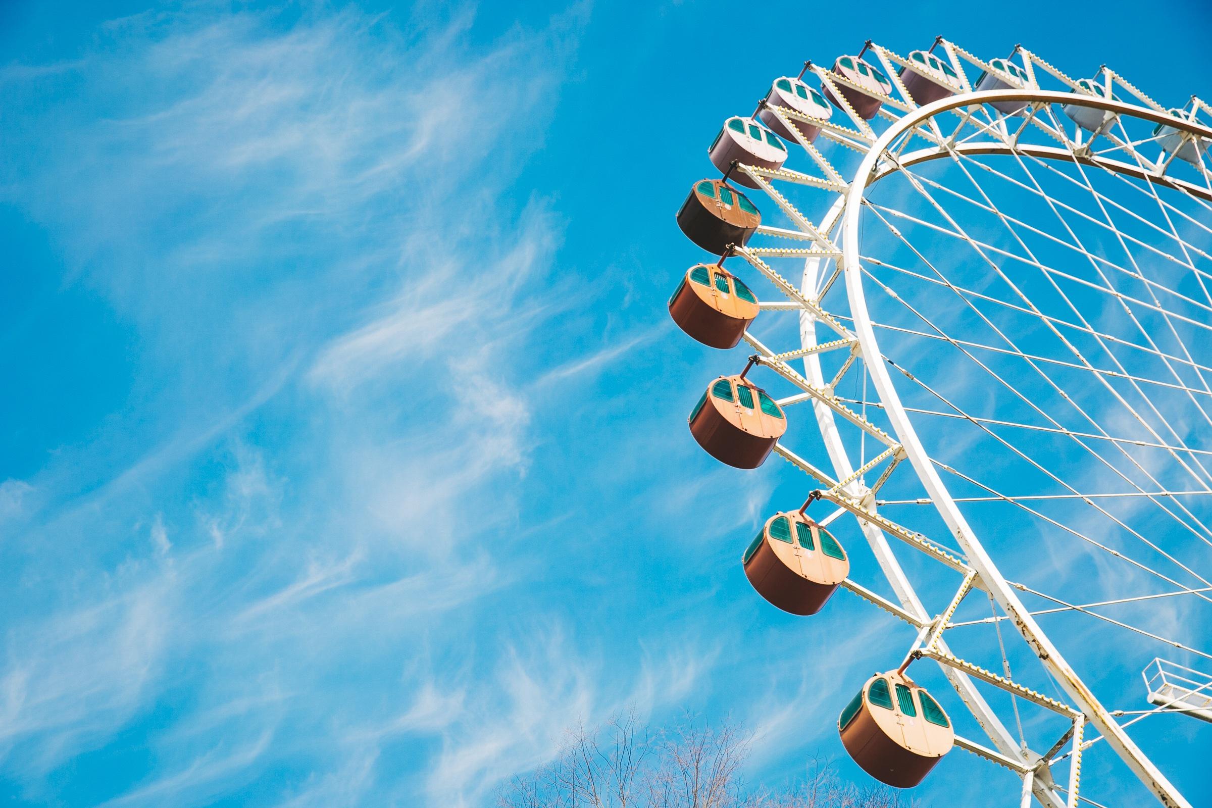 summer-ferris-wheel
